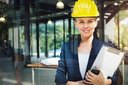 femme chef d'entreprise BTP